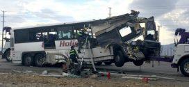 南加州大型車禍,13死