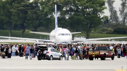 佛州機場發生槍擊已致5死8傷 嫌犯被拘捕