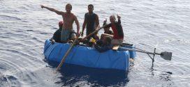 """美國宣布結束古巴""""濕腳幹腳""""移民政策"""