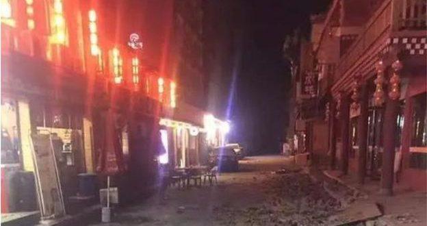 九寨溝7級地震超24小時:已致19人死亡 疏散4.7萬余人